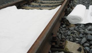 Sorpční koberec do kolejiště - Role š. 20 m x 1,4 metrů