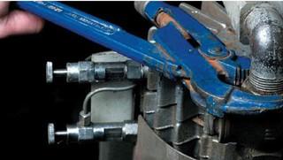 Odmašťovač kovů Super Cleaner - 400 ml. sprej